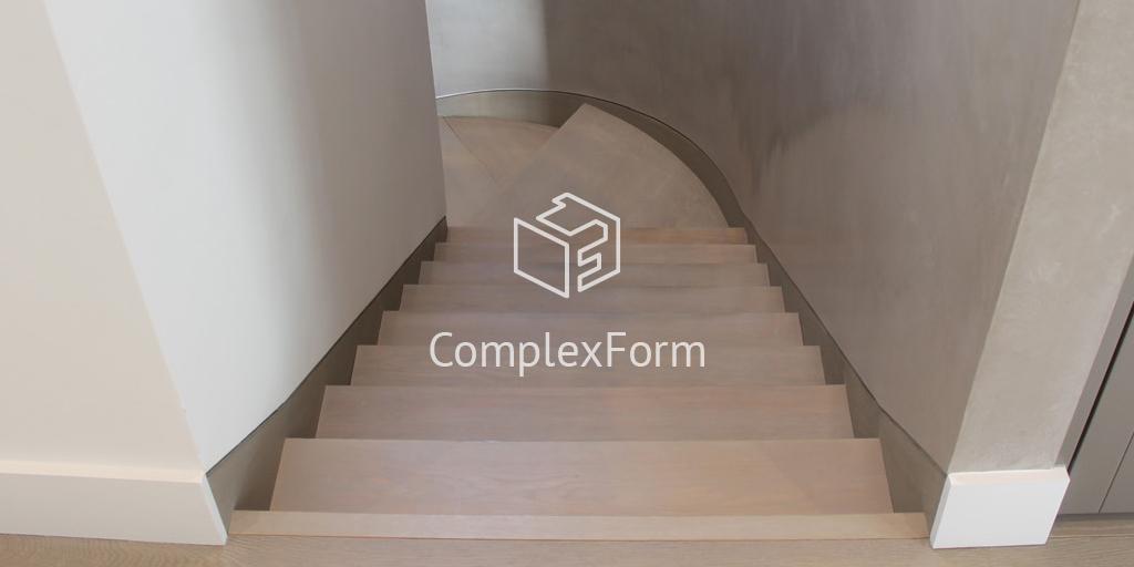Облицовка бетонной лестницы деревянными ступенями в доме